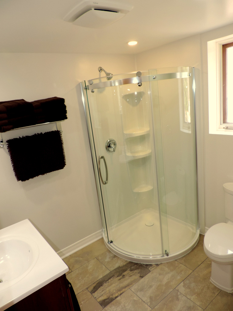 luxury curved glass shower